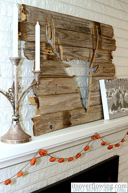 Rustic hunter mantel decor  maybe with a different design???
