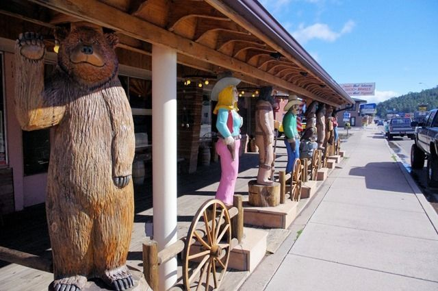Native America Gift Shop on historic Route 66 in Williams, Arizona – October 6, 2011.  (1000 words no. 95)