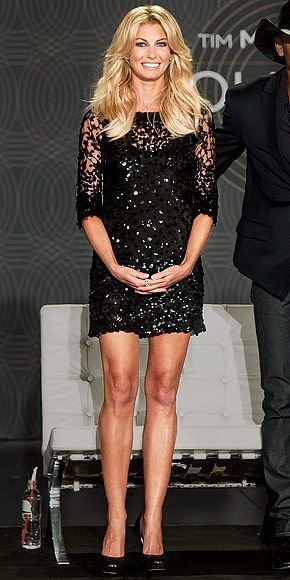 """In Sin City to announce her new """"Soul2Soul"""" show with hubby Tim McGraw, Faith Hill goes short and shimmering in a sequin-covered LBD and black pumps."""