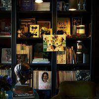 アビゲイル・レッスン:本棚の飾り方