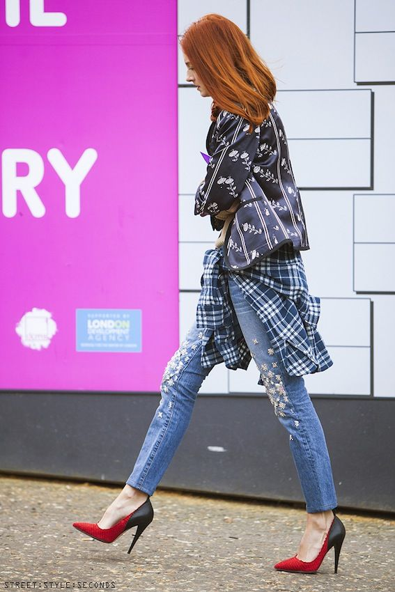 Must-Try Outfit Ideas [mixed prints + statement jeans]