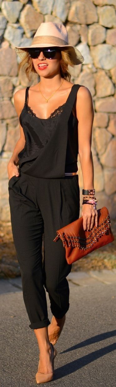 Preto e Cognac #fashion #pretty #beautiful Por favor, siga / repin meu Pinterest.  Também visite o meu blog http://www.fashionblogdirect.blogspot.com/