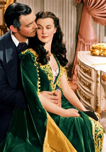 """Is that a #BaylorProud dress Scarlett O'Hara is wearing in """"Gone With The Wind""""? #SicEm"""