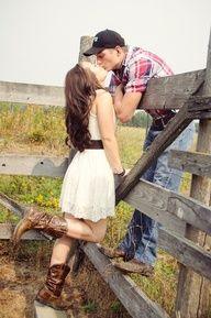 country couple photos - I mean, I'm not country...but I like horses, and this is cute.