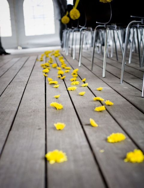 Yellow flower petals for the aisle #yellowwedding #weddinginspiration #weddingaisledecor #weddingceremony
