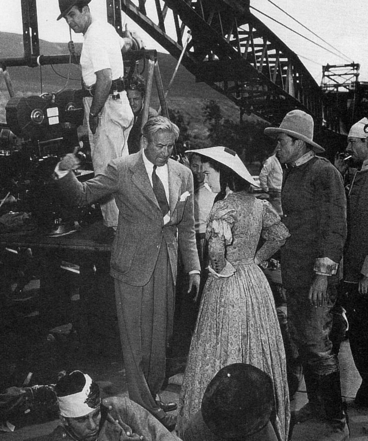 Victor Fleming and Vivien Leigh on the set of Gone with the Wind (1939)