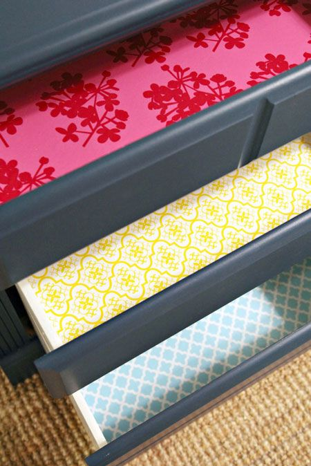 Spice up drawers by adding wallpaper or wrapping paper as drawer liners.  IHeart Organizing