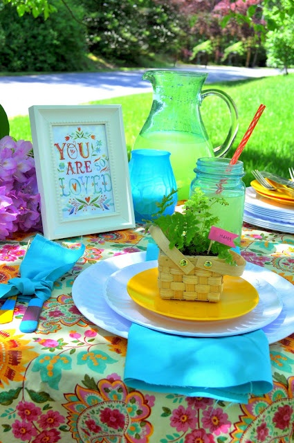 Cute table setting!