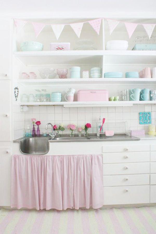 Jak urządzić kuchnię w kolorach pastelowych? Pastelowa