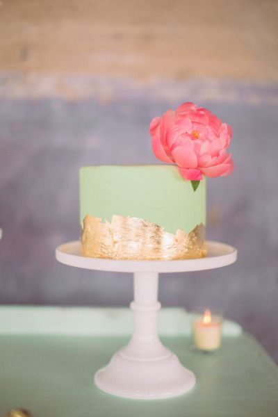 Mint and gold-leaf toned cake: http://www.stylemepretty.com/2014/11/10/whimsical-dallas-loft-wedding/ | Photography: Nbarrett - http://nbarrettphotography.com/