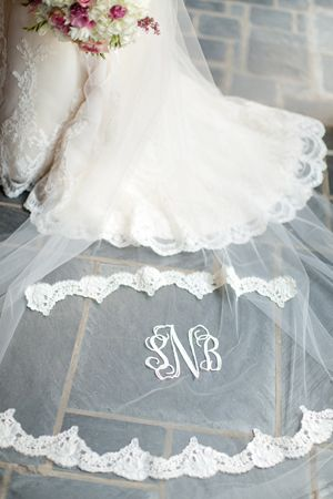 monogrammed veil | Katelyn James