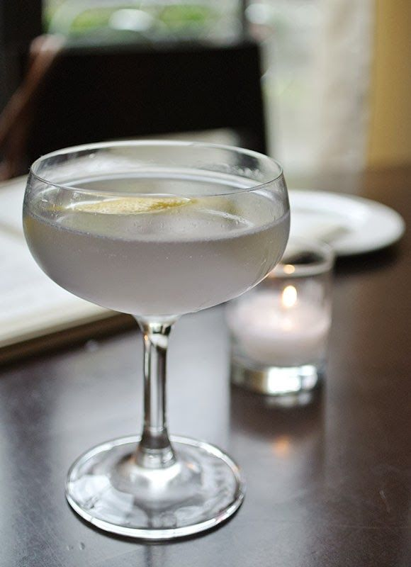 Atty Cocktail–a classic gin-based drink with absinthe and crème de violette