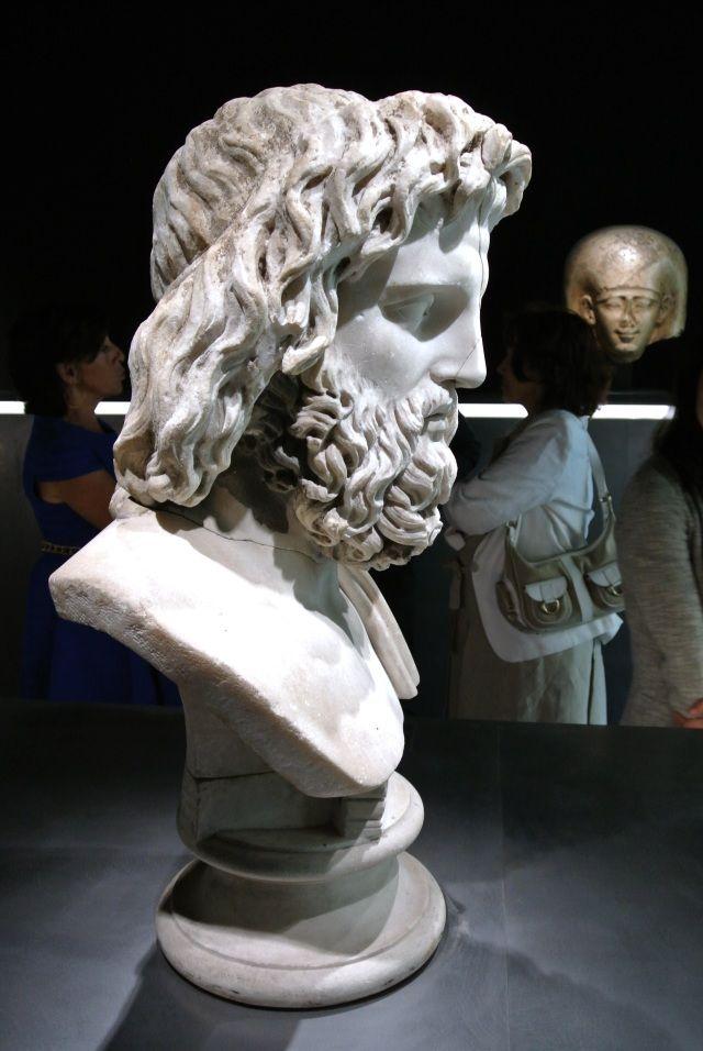 Jupiter Orticoli, I-II cent. BC, Galerie Chenel.