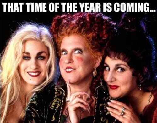 Halloween! Hocus Pocus! YAY! I need to buy the asap. how in the hell do I not have this on dvd