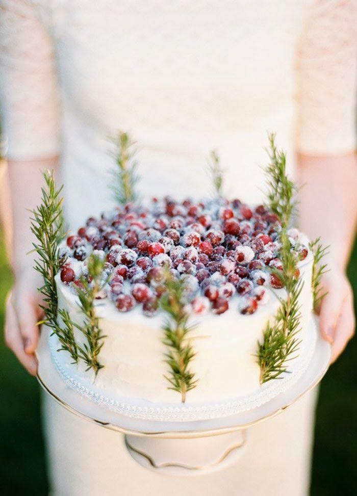 Prachtige taart voor kerst, en niet zo moeilijk! Rosemary sprigs and sugared cranberries