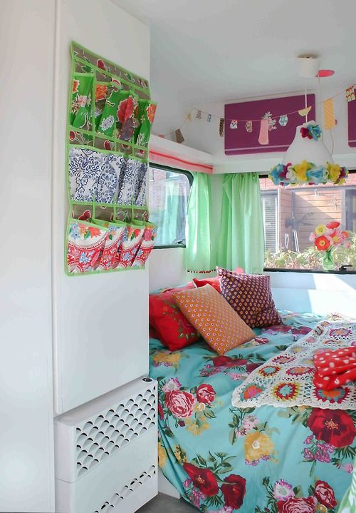 Gypsy Living Traveling In Style| Serafini Amelia| Travel Trailer-Camper| Vintage camper