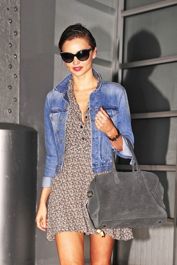 miranda kerr denim jacket 2 Miranda Kerr in a Denim Jacket