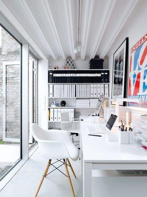 black-white-workspace