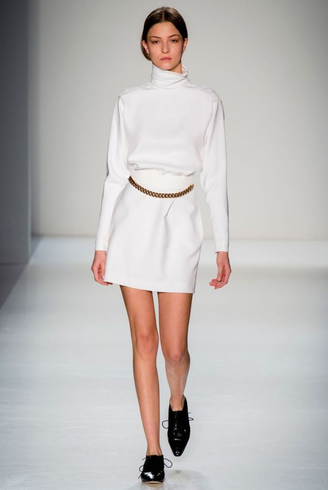 Victoria Beckham fall 2014 rtw all white turtleneck black oxfords