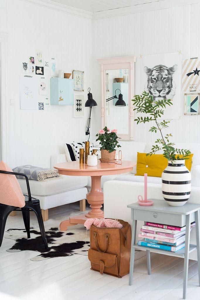Repainted old furniture, awesome room #livingroom
