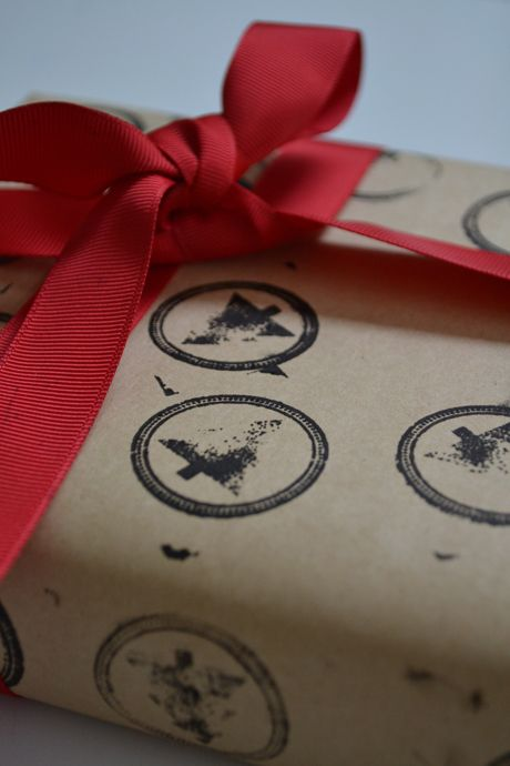 Easy DIY: Five Christmas Gift Wrapping Ideas
