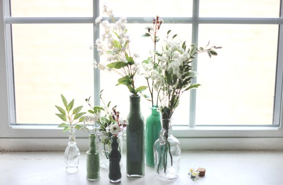 Decor DIY: Painted Glass Bottles