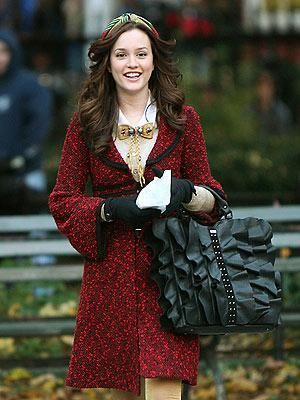 Blair (Season 1, Episode 13)  In the oversized headband, gold bow and swingy Alannah Hill coat, Blair looks like an American Girl doll come to life. 'Gossip Girl' Series Finale: A Look Back At The Fashion From All 6 Seasons (PHOTOS)