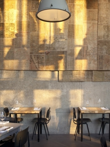 Tel-Aviv Restaurant with a cool industrial interior
