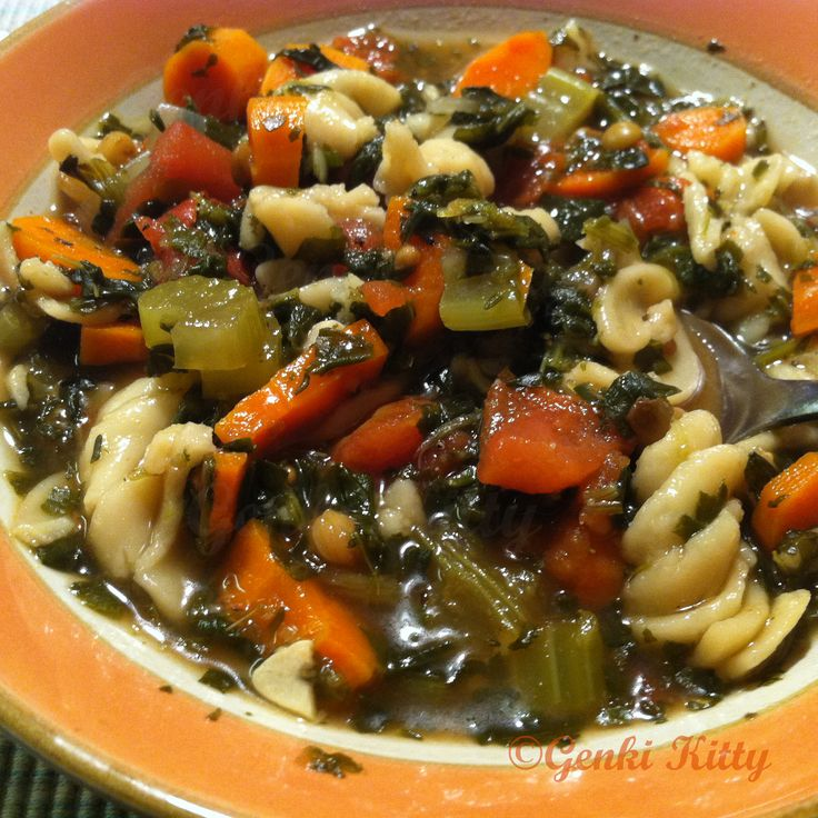 Vegan Italian Pasta Spinach Soup Recipe