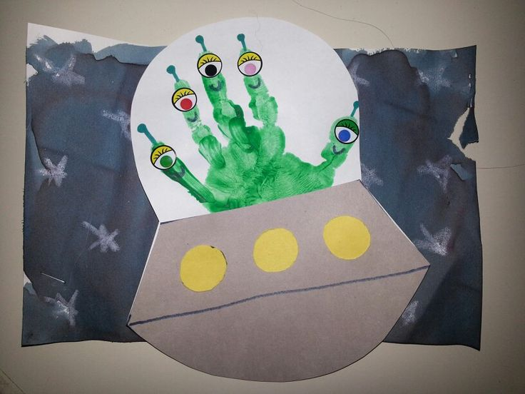 Alien Handprint Fathers Day Mothers Day Pinterest