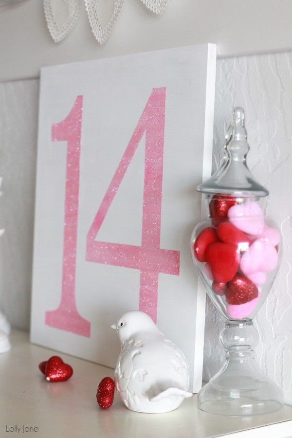 easy Valentines Day glitter sign, 2014 Valentine's Day Signs