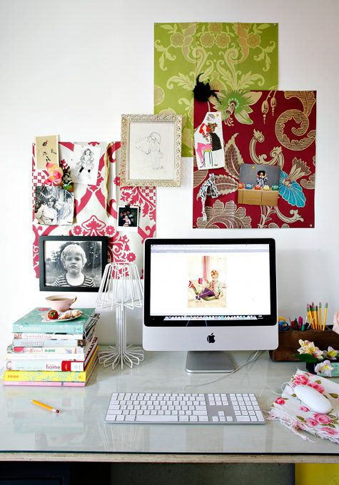 I will be making my desk area like this next semester :)
