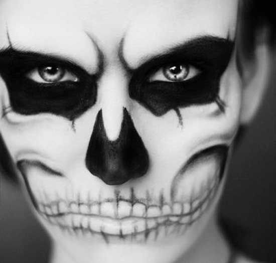45 Creative Halloween Face Makeup Looks & Ideas - Smashcave