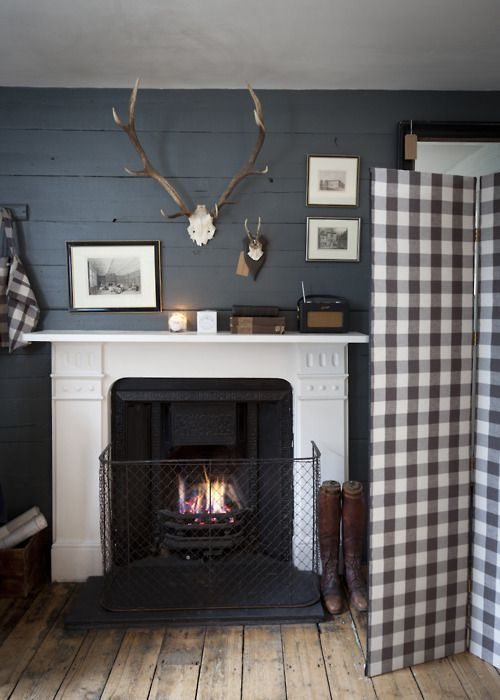Fireplace. Buffalo check.