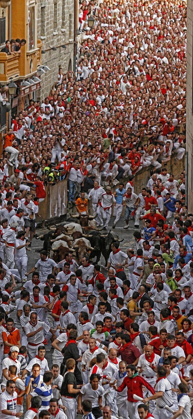 Espana spain weteachespanol for Pisos en san fermin madrid
