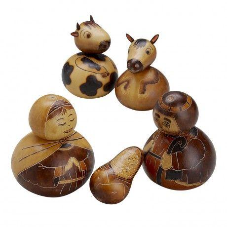 Peruvian Gourd Nativity