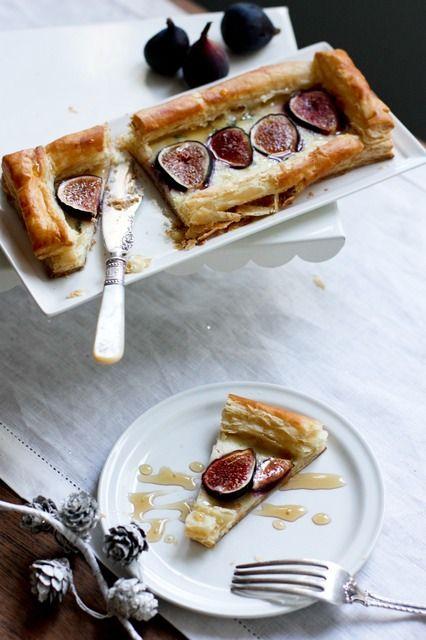 Fig and Gorgonzola Tart with Rosemary Honey