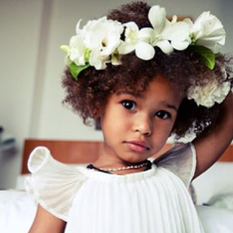 wdw wedding day weekly blogging for brides natural hair style for flower girl