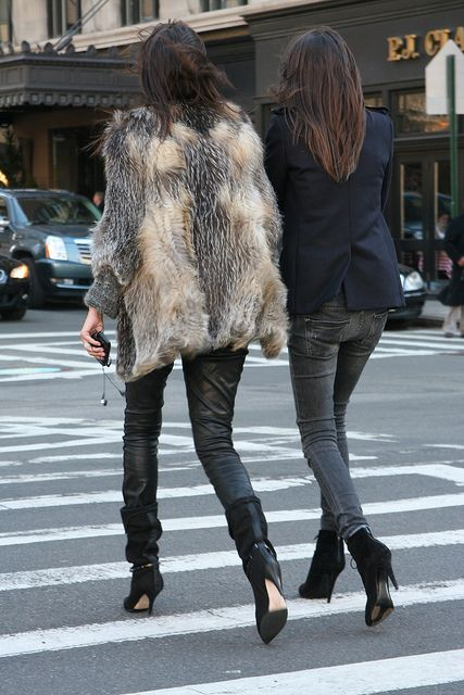 Chick Street Style. Just like ours FARA jacket: http://www.hockleylondon.com/collection/aura-collection/jackets/fara-toffee-feathered-fox-jacket #fashion#streetstyle#cool#leathertrousers#fur#furjacket#stylish