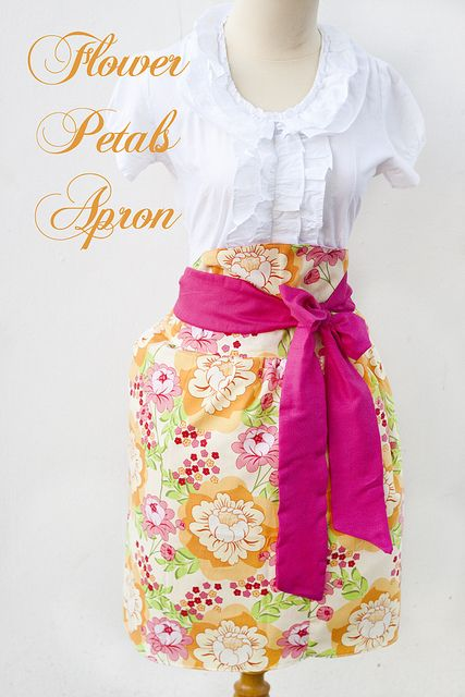 FLOWER PETALS APRON Tutorial