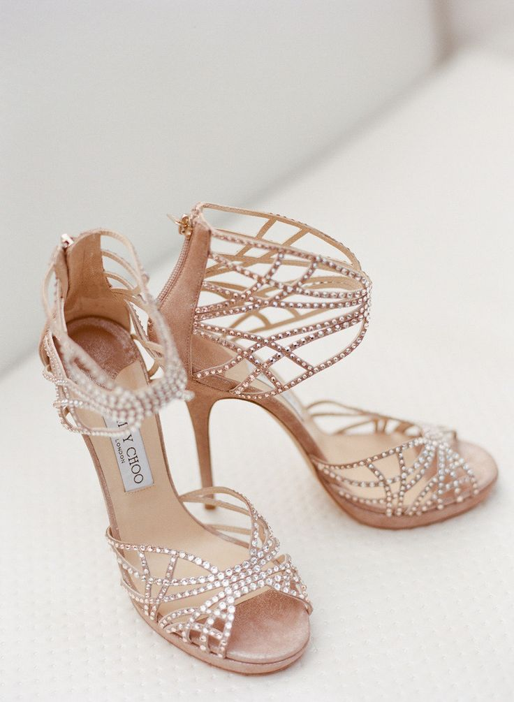 Utterly #fabulous Jimmy Choo wedding shoes / Photo by Marni Rothschild