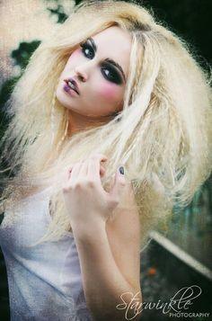 hair crimper on pinterest crimping hair hair waver and triple barr