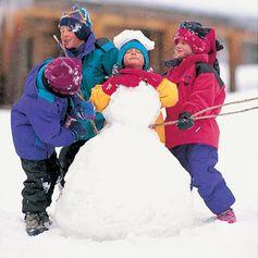 Headless Snowman activity for the family!