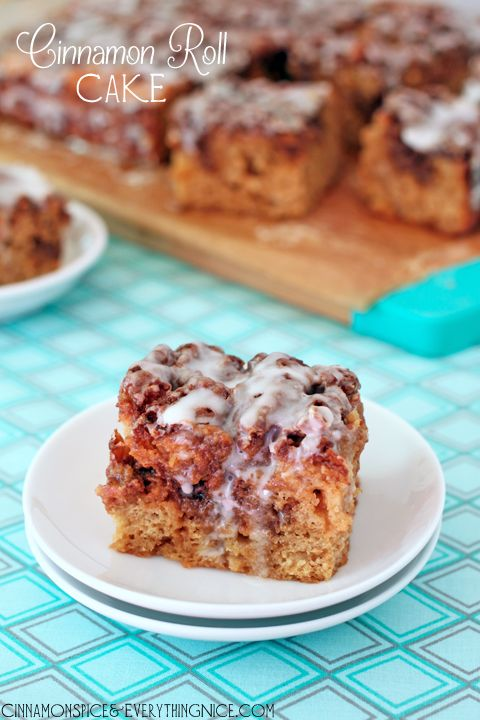 Cinnamon Roll Cake // pinterest always makes me so stinking hungry