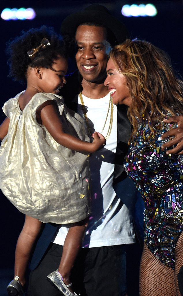 2014 MTV Video Music Awards: Beyonc� Stuns, Nicki Minaj Twerks, Taylor Swift Dances