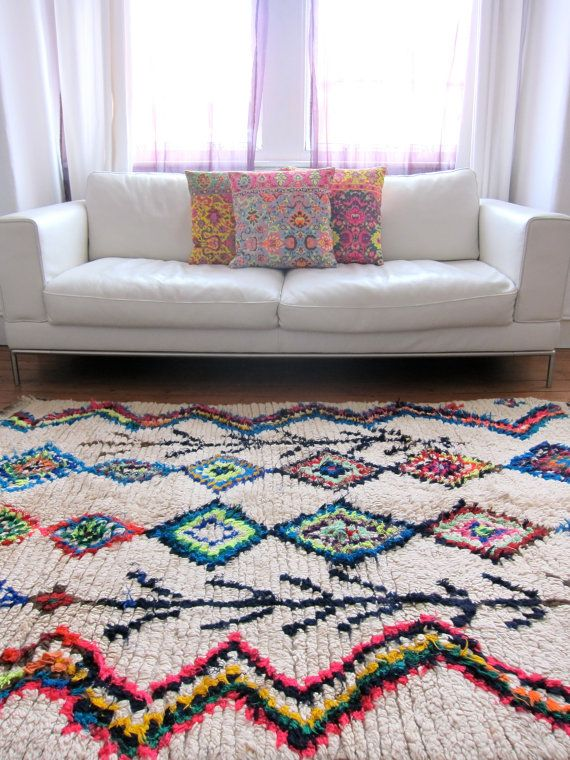 Vintage Moroccan rug Boucherouite Fluo by BazaarLiving on Etsy, £375.00