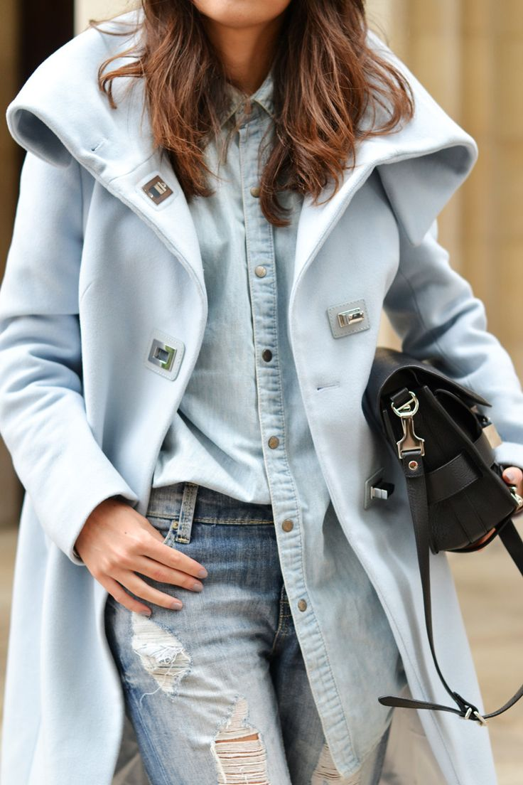 ♔ Pale blue coat