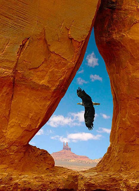 Navajo Teardrop Arch, Arizona