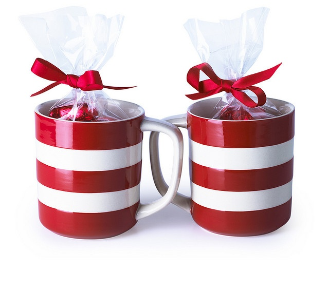 Cute Mugs Filled With Candy Holidays Valentines