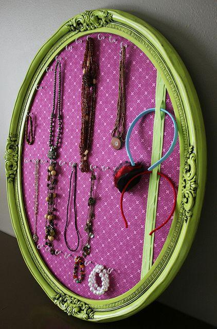Jewelry display/storage